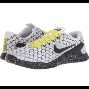 Nike Metcon 4 Training-White/Black/Dynamic Yellow